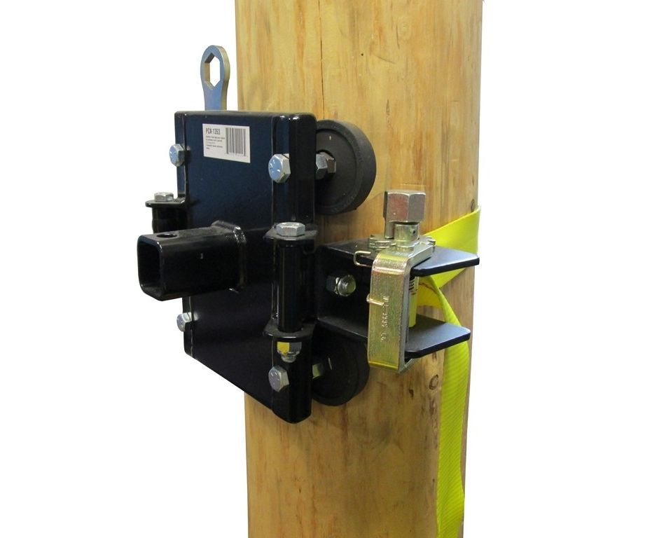 Portable Winch tree/pole mount with anchor strap