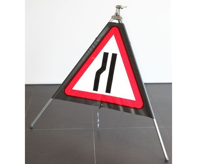 Quazar roll up sign road narrows left hand (600mm)